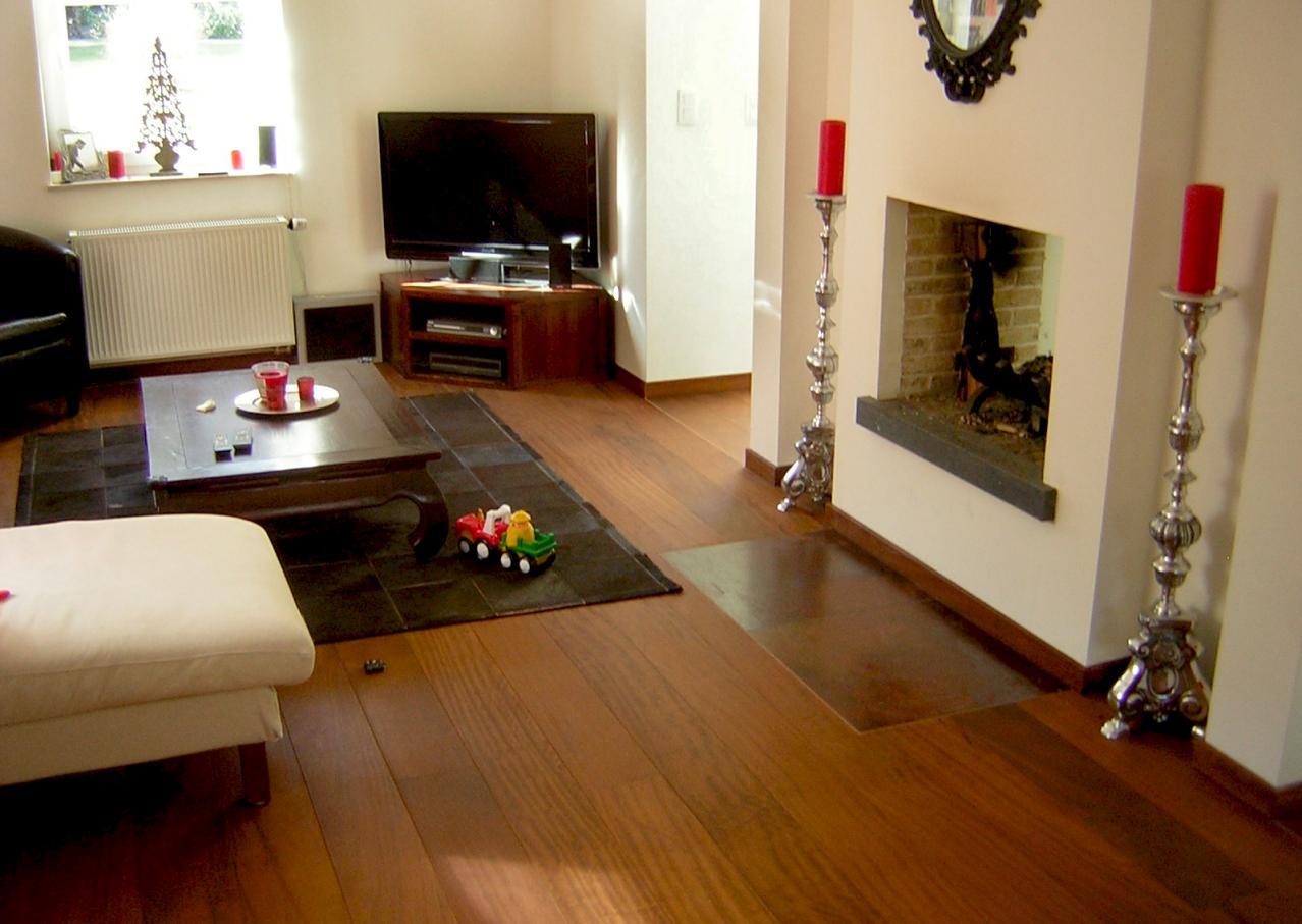 la parqueterie nos r alisations parquets pr fabriqu s parquet semi massif iroko parquets. Black Bedroom Furniture Sets. Home Design Ideas