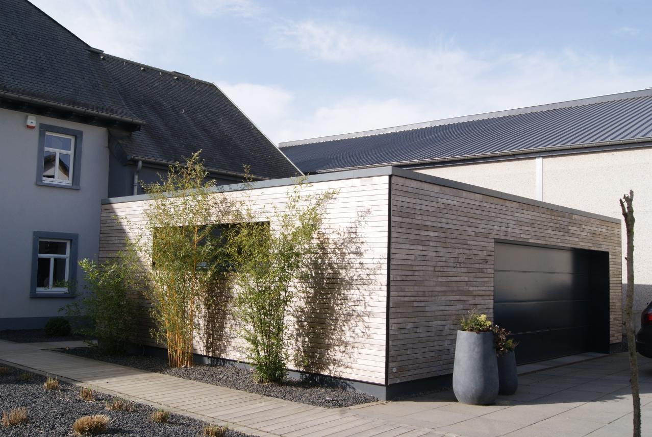 la parqueterie nos r alisations fa ades garage contemporain parquets terrasses fa ades. Black Bedroom Furniture Sets. Home Design Ideas